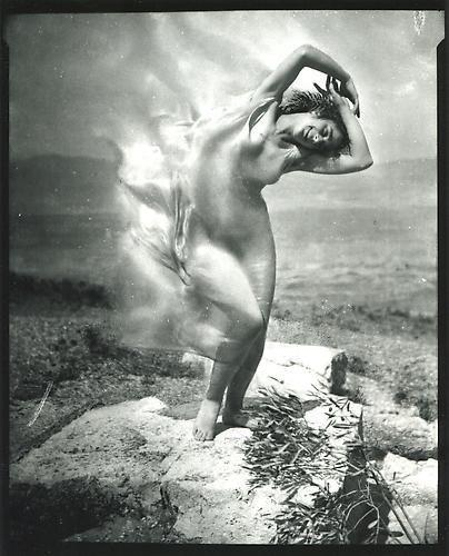 Maria Theresa Duncan, 1921.