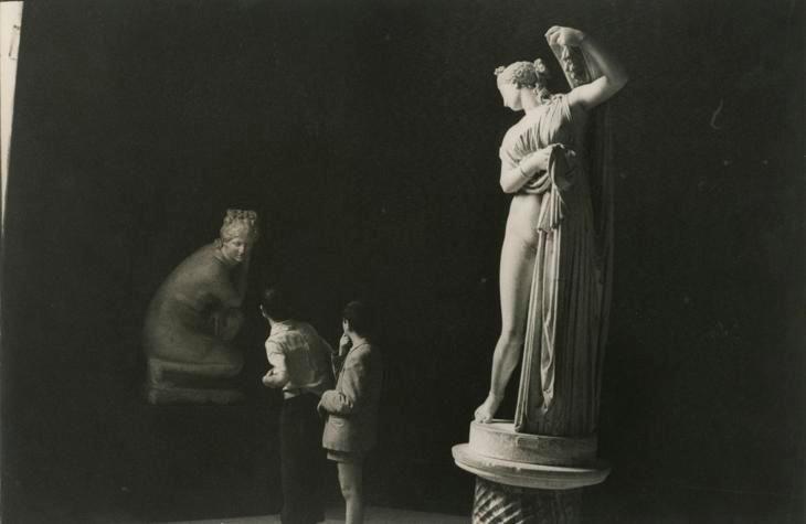 Henri Cartier-Bresson, Naples. 1960.