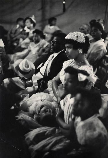 Henri Cartier-Bresson, Easter Sunday. Harlem. 1947.