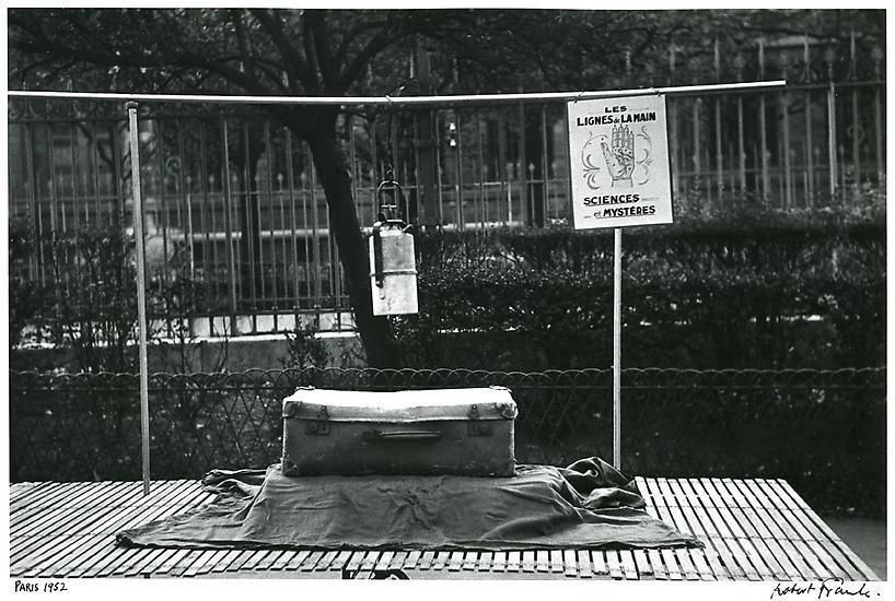 Paris. 1952.