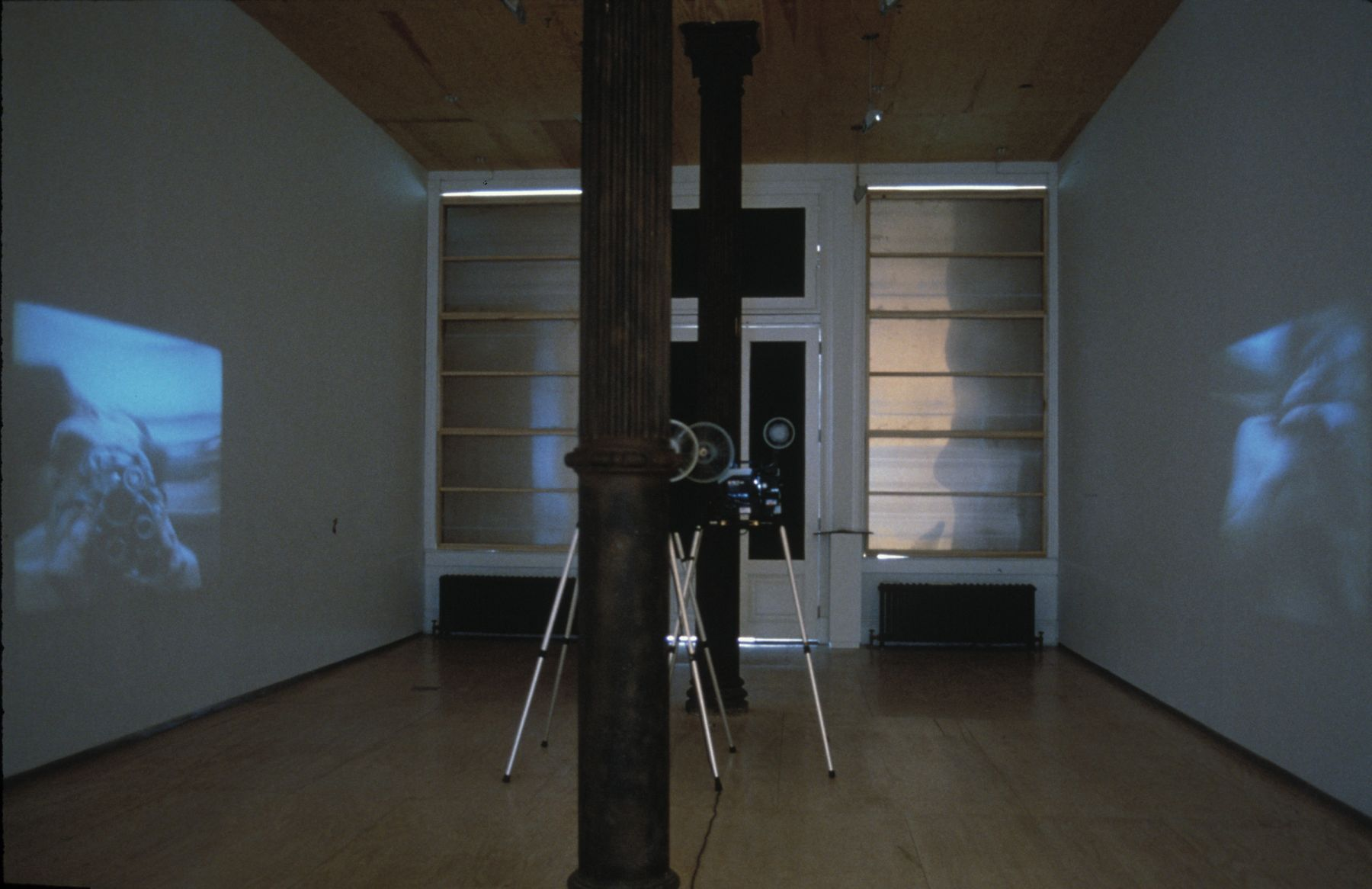 THE CRYSTAL STOPPER Curated by Carlos Basualdo installation view 4