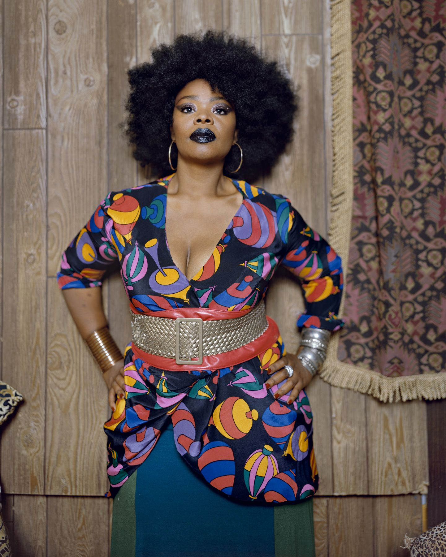 MICKALENE THOMAS Din Facing Forward, 2012
