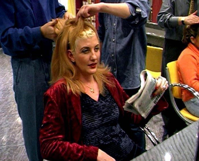 Women Who Wear Wigs , 1999