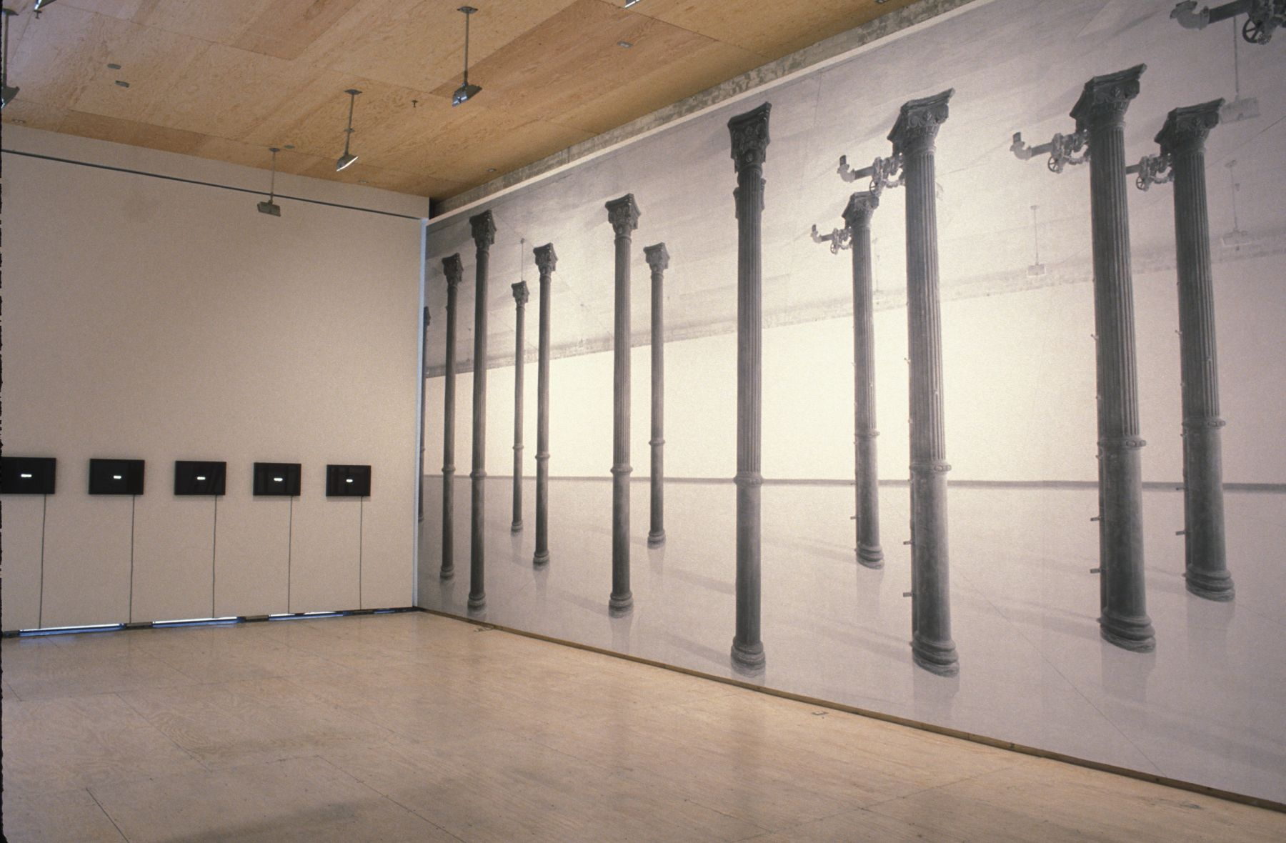 THE CRYSTAL STOPPER Curated by Carlos Basualdo installation view 1