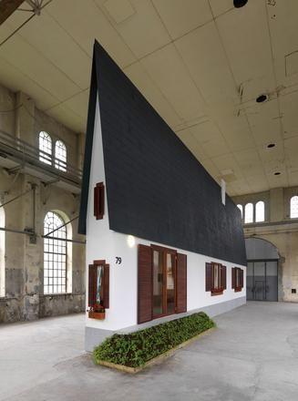 ERWIN WURM: Narrow House, Installation view, Kunstraum Kornbirn, Austria