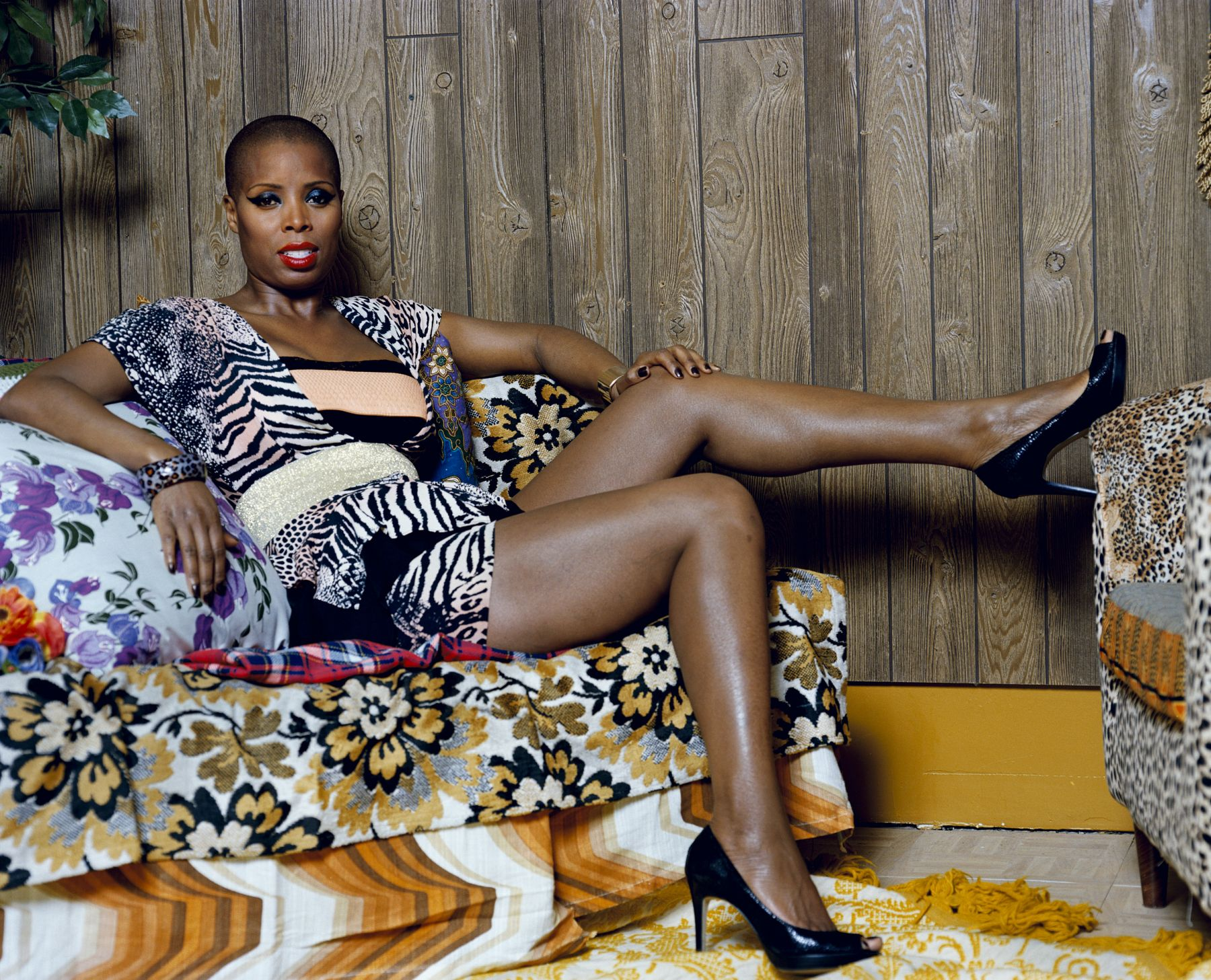 MICKALENE THOMAS Portrait of Sidra Sitting, 2012