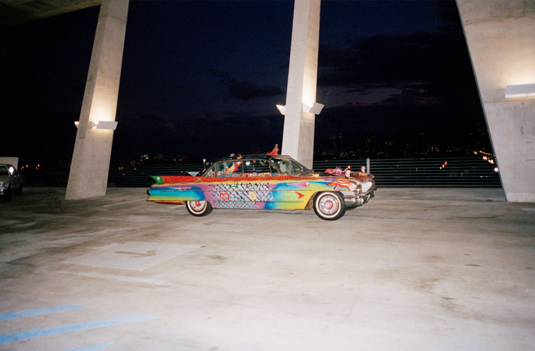 Piston Head Kenny Scharf Suprema Ultima Deluxa Van Chrome Cadillac
