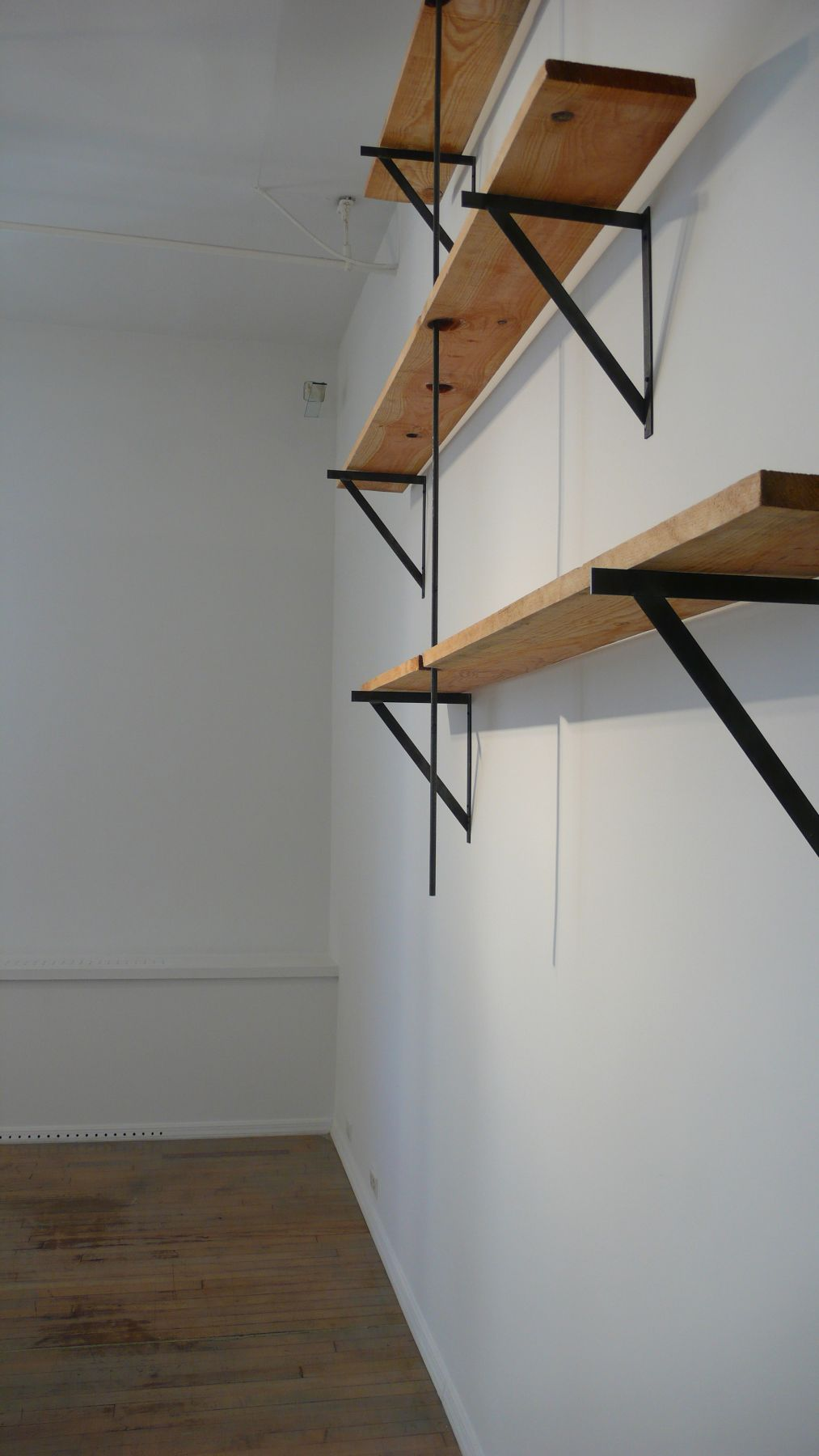 Richard Wentworth – installation view 7