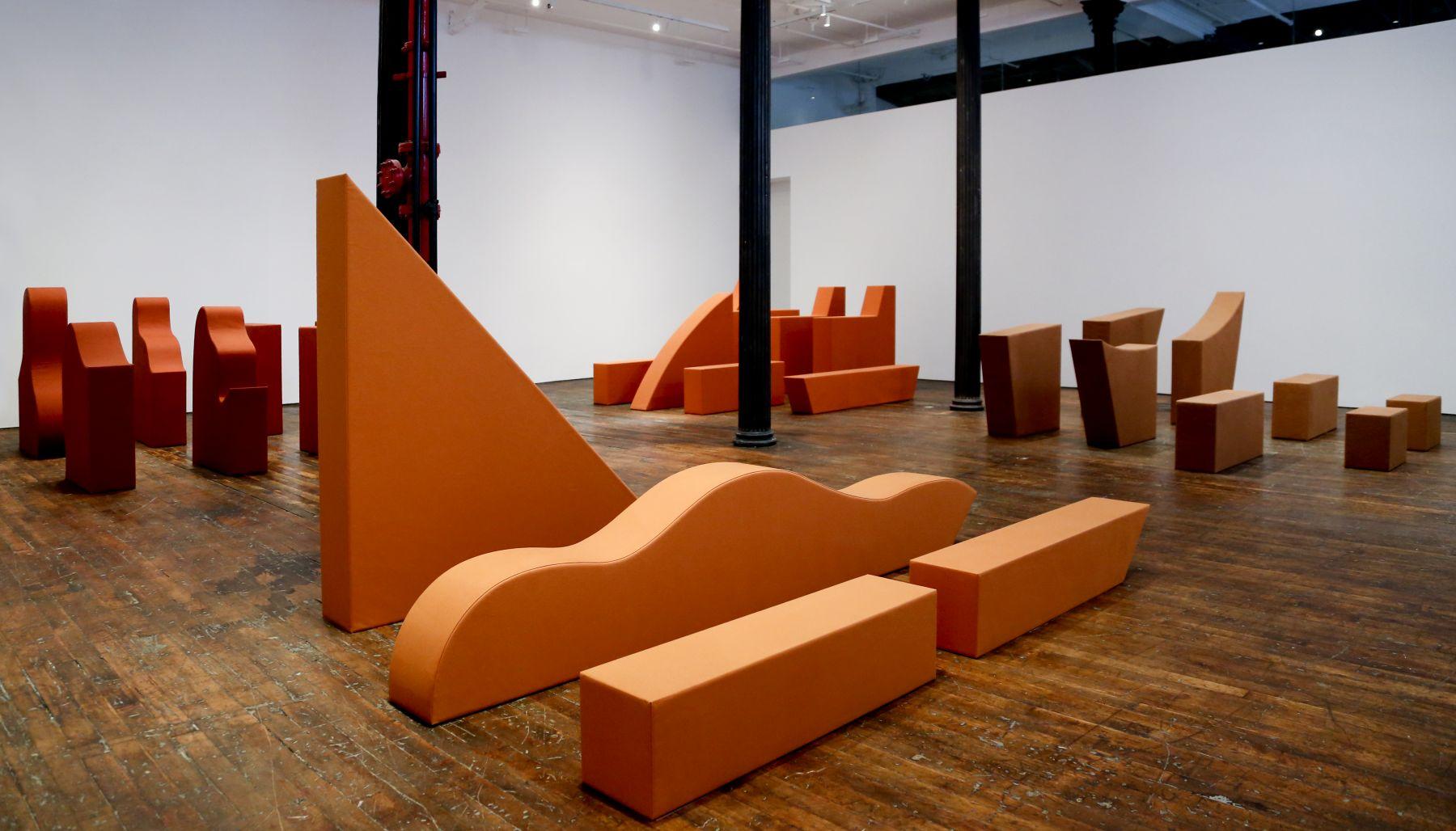 Franz Erhard Walther– installation view 3