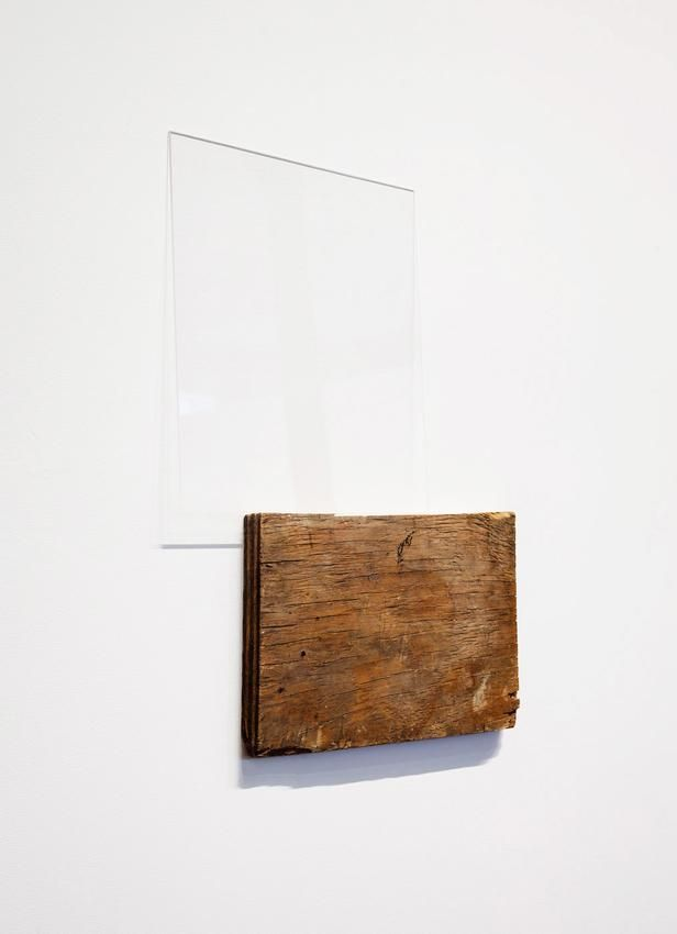 Fernanda Gomes, Untitled