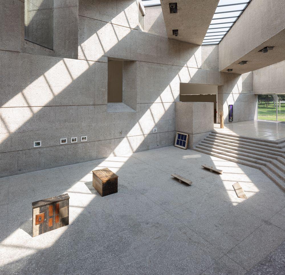 Una Casa Más Pequeña, Museo Tamayo, México City, Mexico.