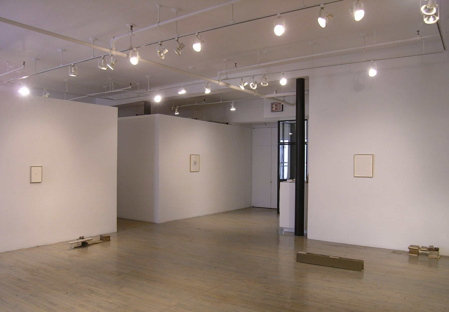 Helen Mirra: Break camp – installation view 2