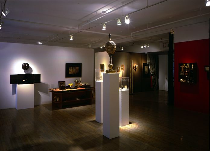 A Collector's Cabinet of Curiosities: Objects for a Wunderkammer from the 16th to the 19th Century– installation view 3