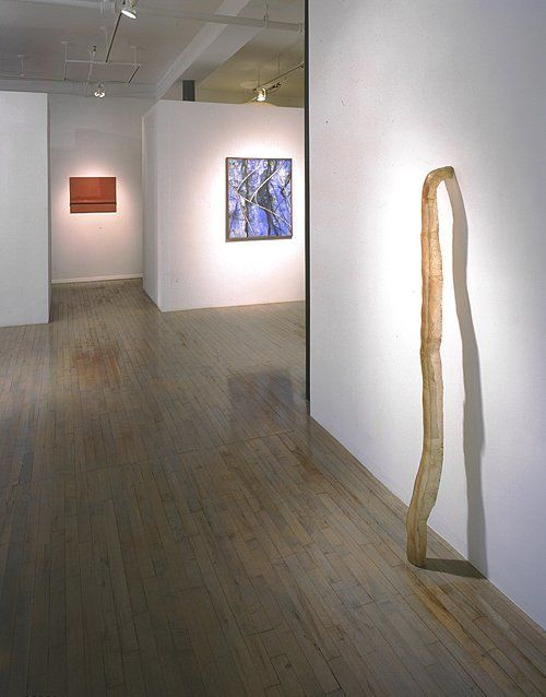 Hand-made Minimal – installation view with Robert Mangold, Donald Judd, and Bruce Nauman
