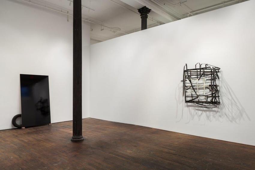 Pedro Cabrita Reis: The Field– installation view 4