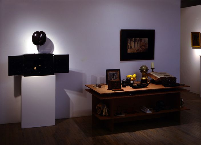 A Collector's Cabinet of Curiosities: Objects for a Wunderkammer from the 16th to the 19th Century– installation view 2