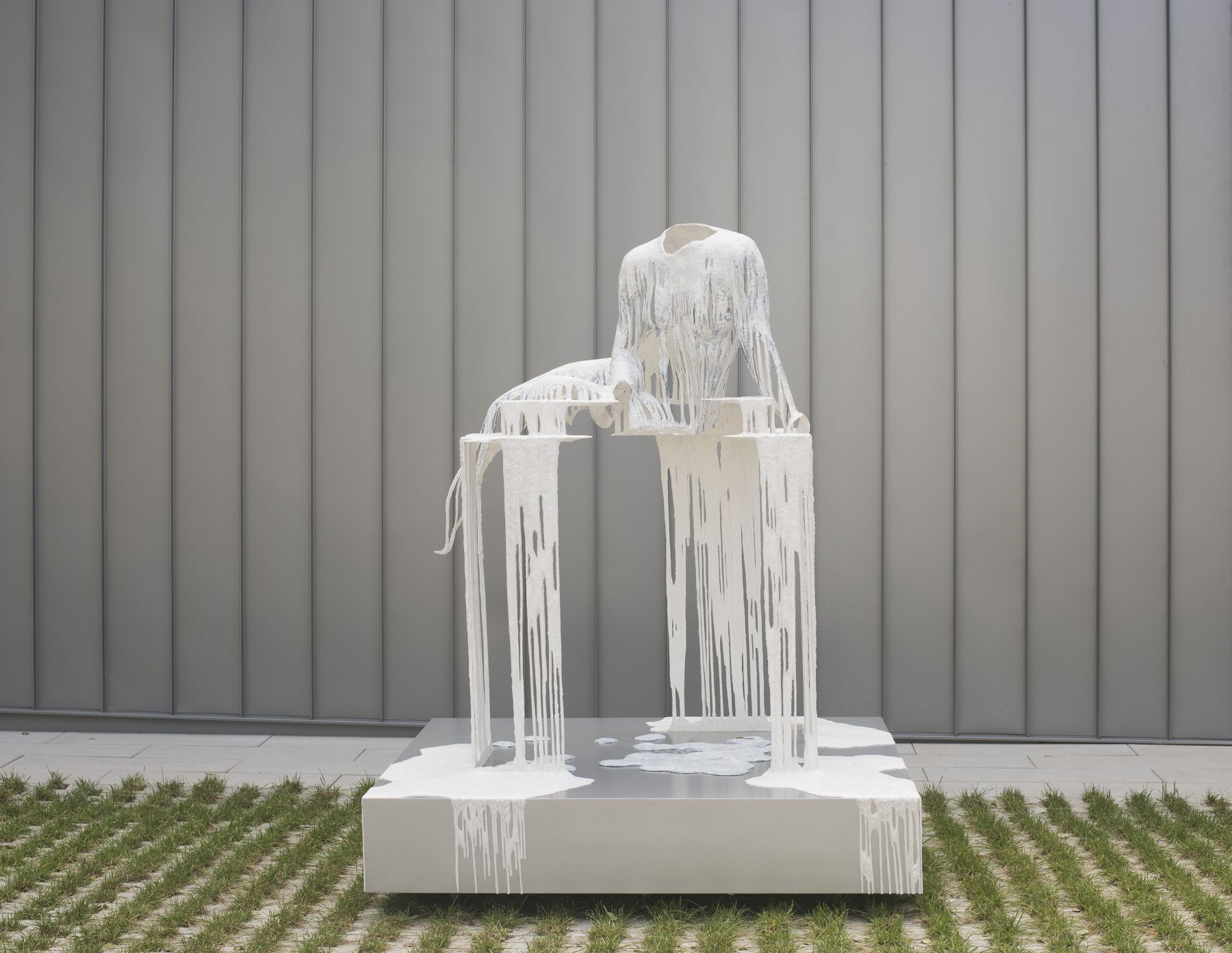 a headless figure of a woman's body - a sculpture by Diana-Al-Hadid