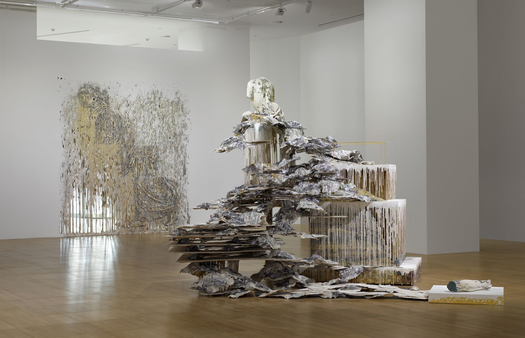 a view of a contemporary art gallery exhibiting the works of Diana Al-Hadid