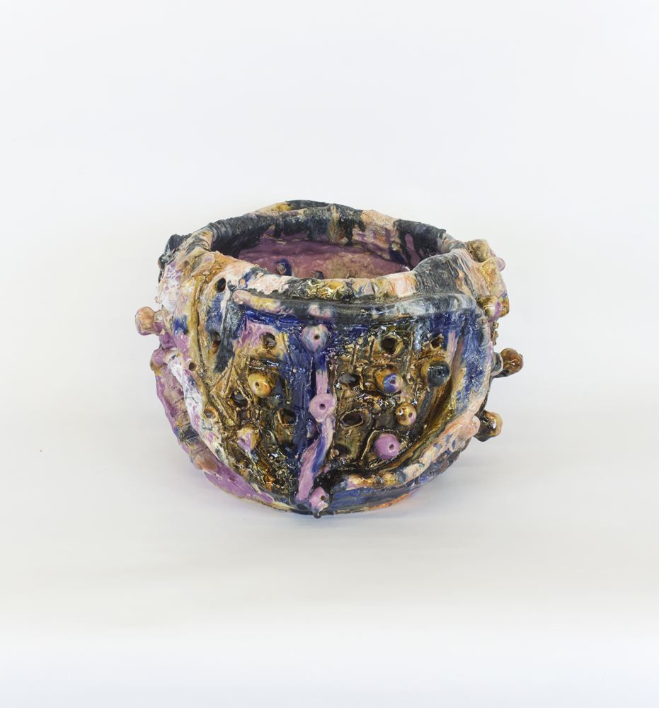 a glazed ceramic vessel by william j. o'brien sold at a contemporary art gallery in new york