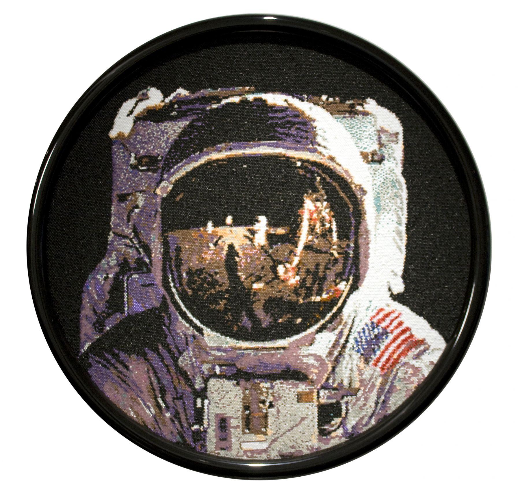 david mach, Neil Armstrong, 2013, pushpins, 39 1/2 inches diameter