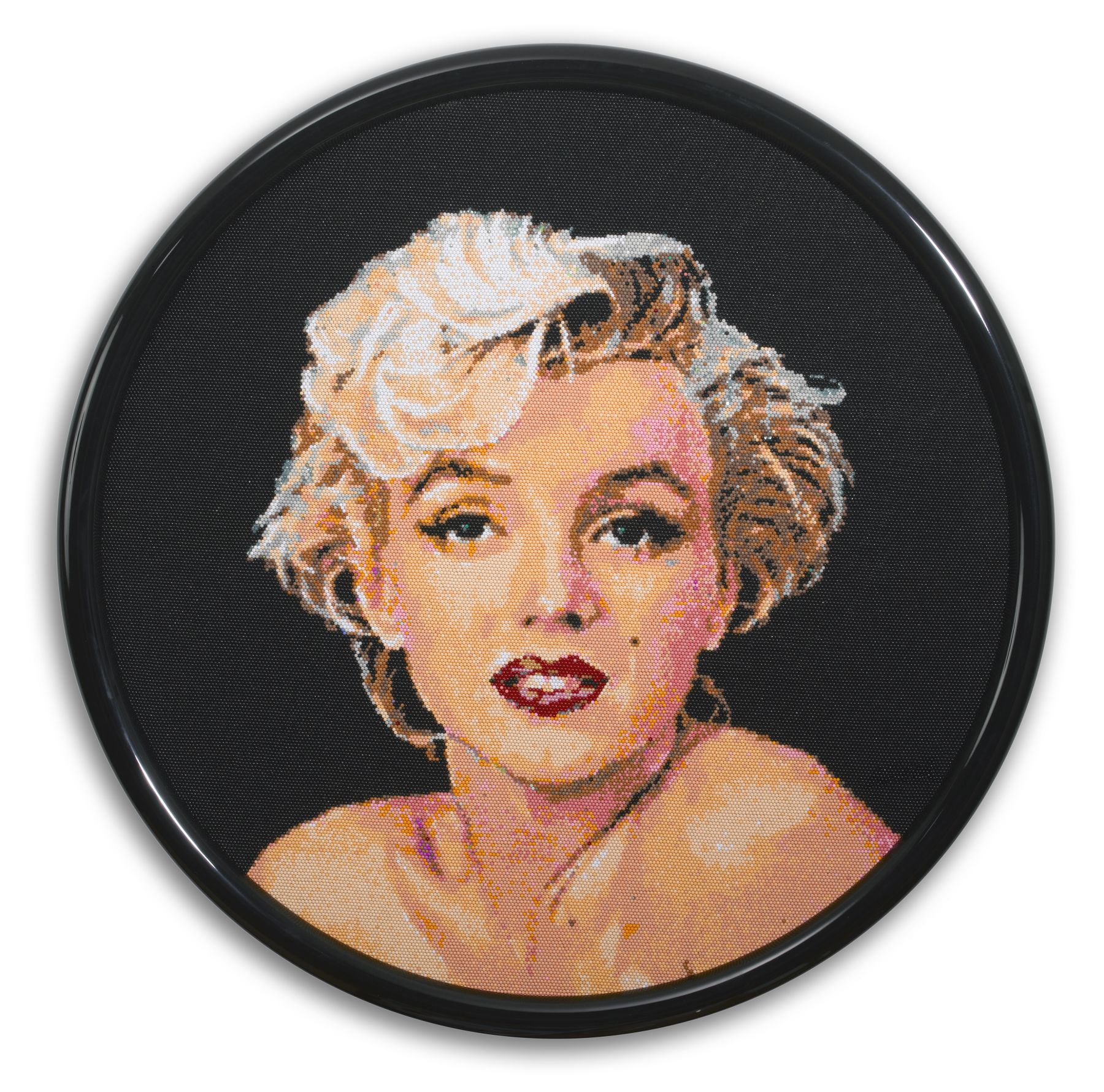 david mach, Marilyn Monroe, 2013, pushpins, 39 1/4 inches diameter