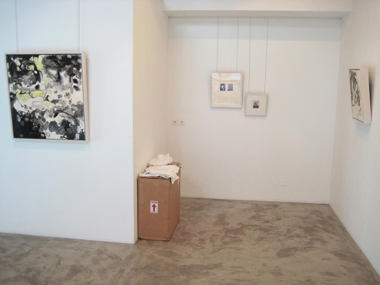 Installation View, Me.di.um, St. Barthelemy, 2007