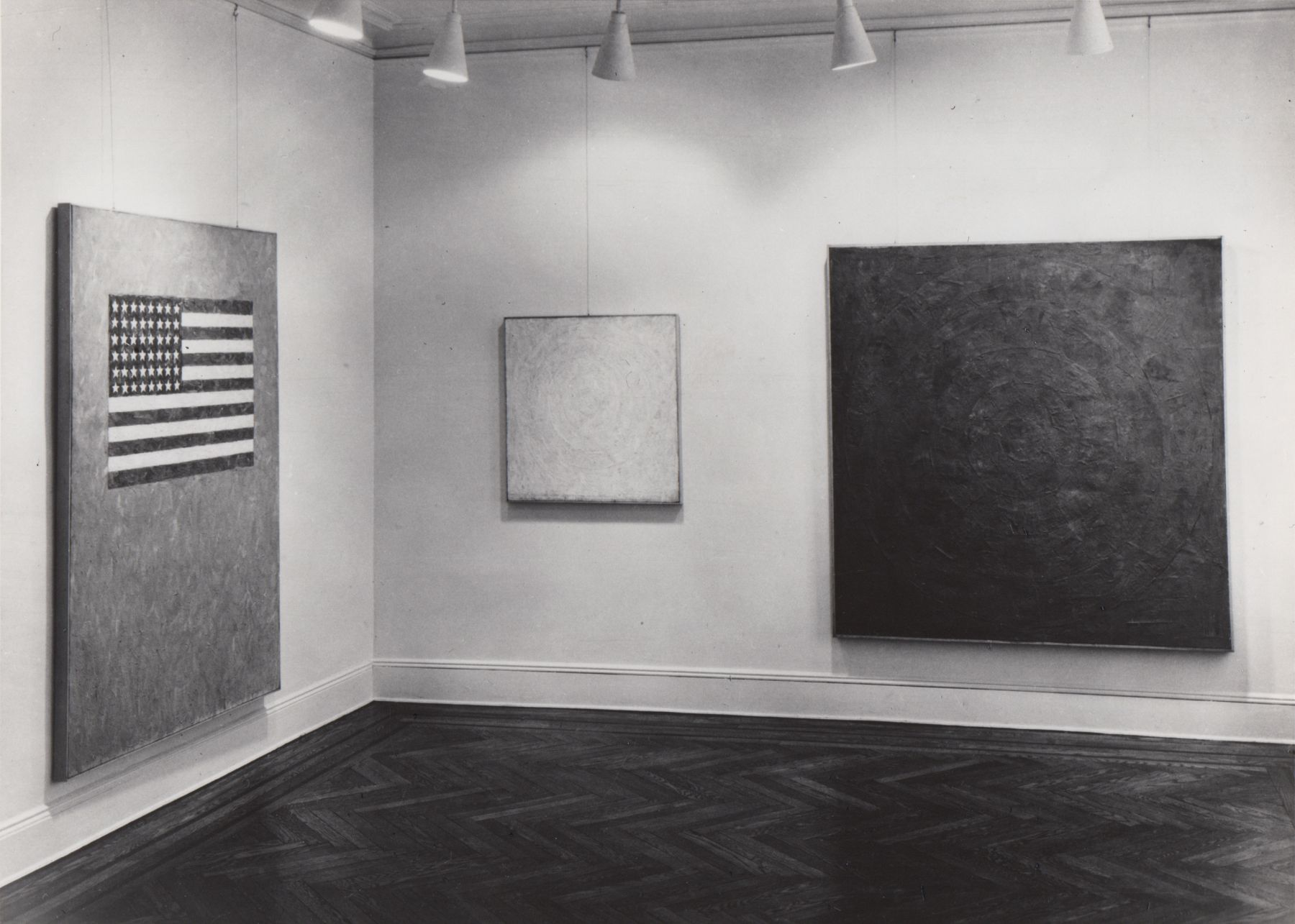 Installation view, Jasper Johns, 4 EAST 77