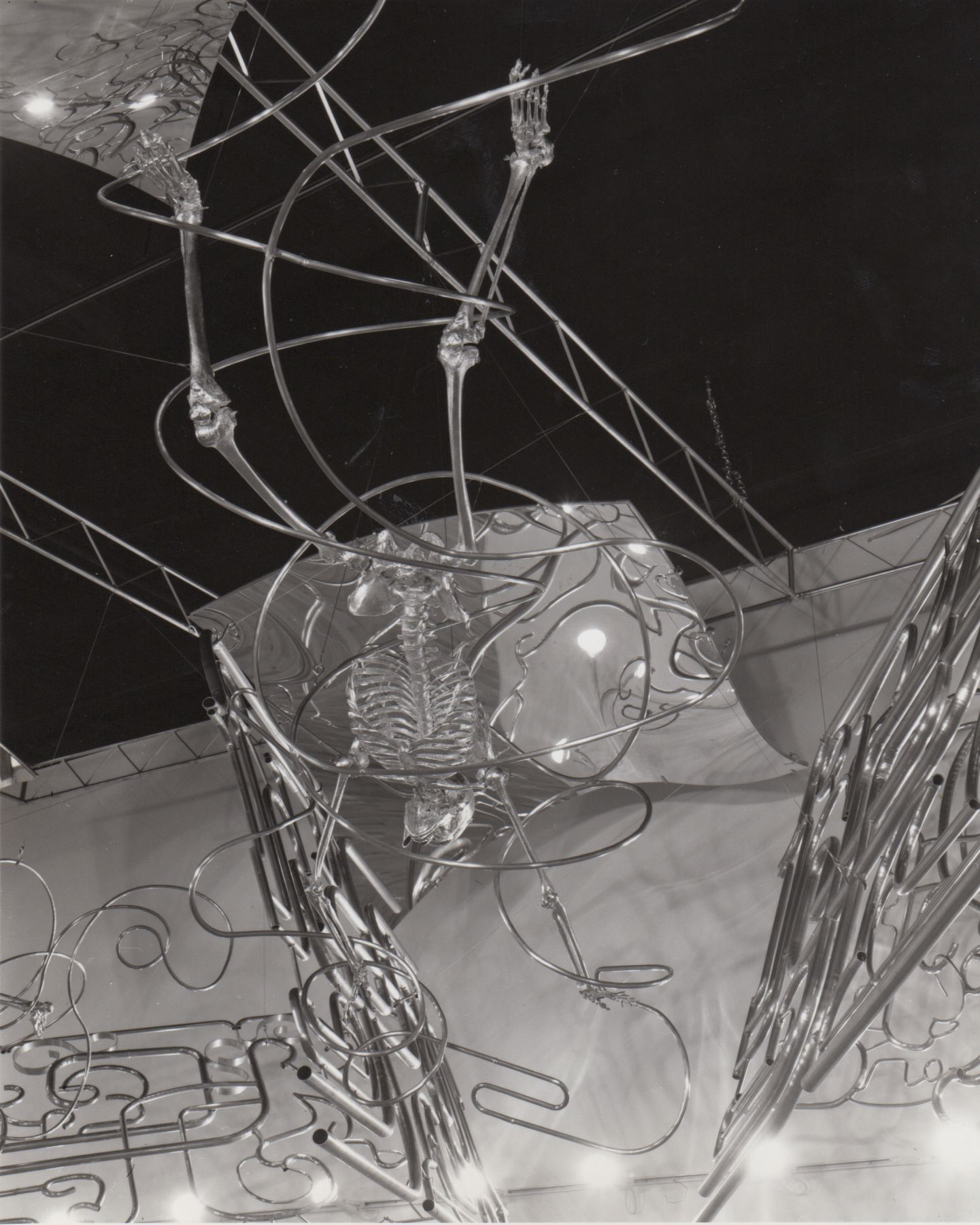Installation view, Robert Morris, 142 GREENE.