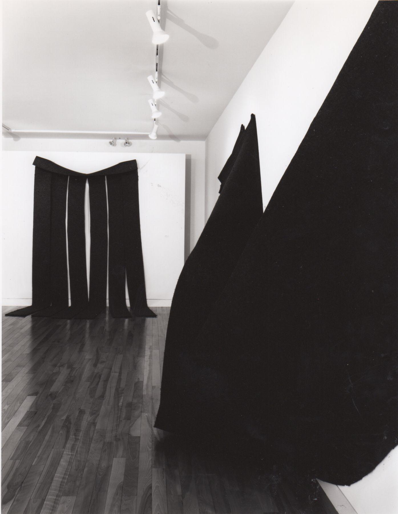 Installation view, Robert Morris: Early Felts, 59 EAST 79