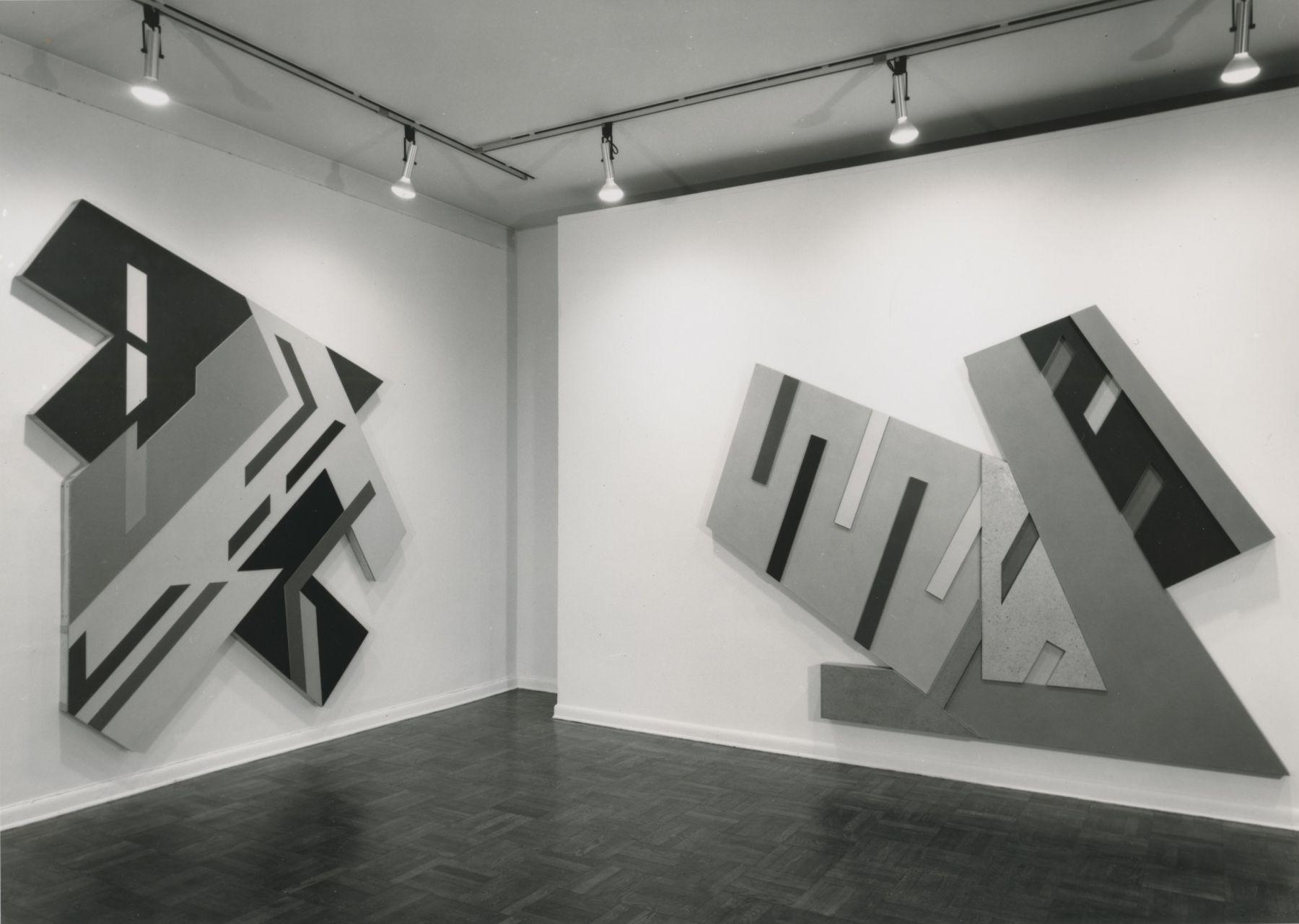 Installation view, Frank Stella, 4 EAST 77