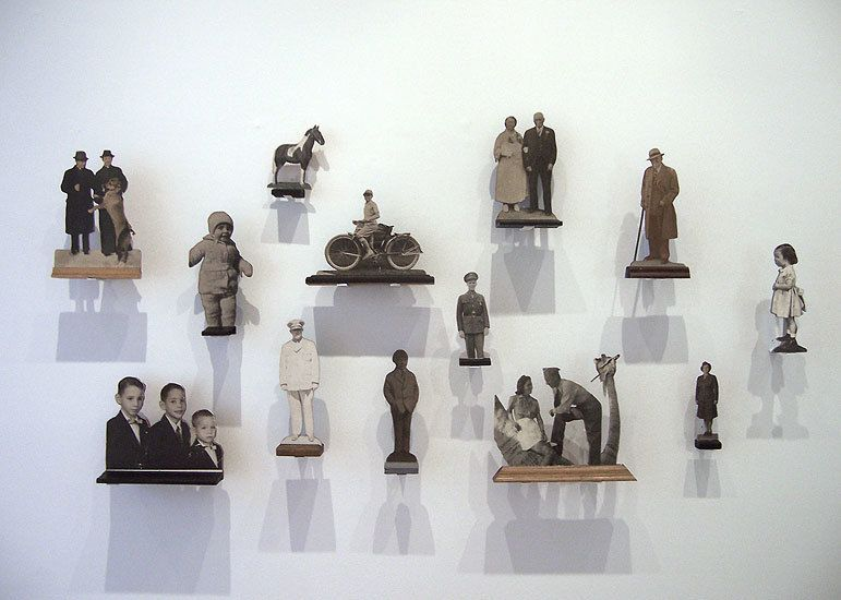 Photo Statues