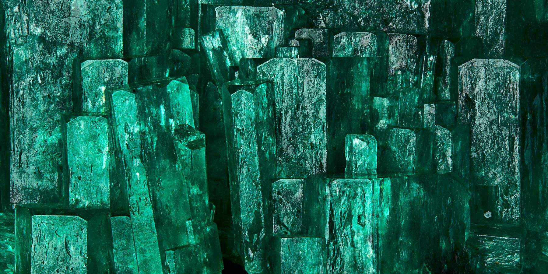 Emerald H Detail 2