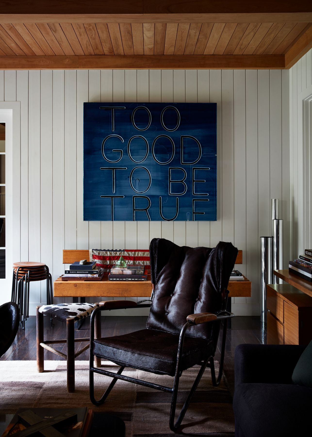 Perfecto chair by Pierre Guariche in Robert's Stilin apartment, Image by Stephen Kent Johnson