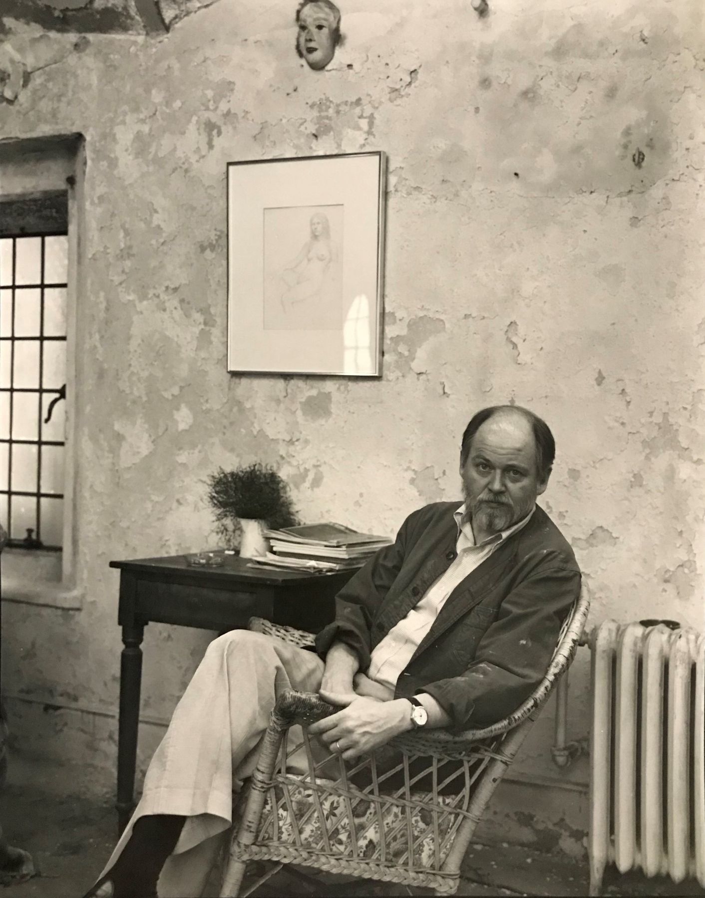 Image of Yale Weir Hall, Bill in Studio