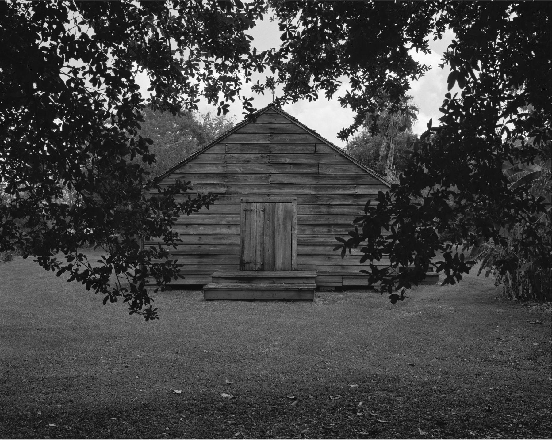 large image - cabin