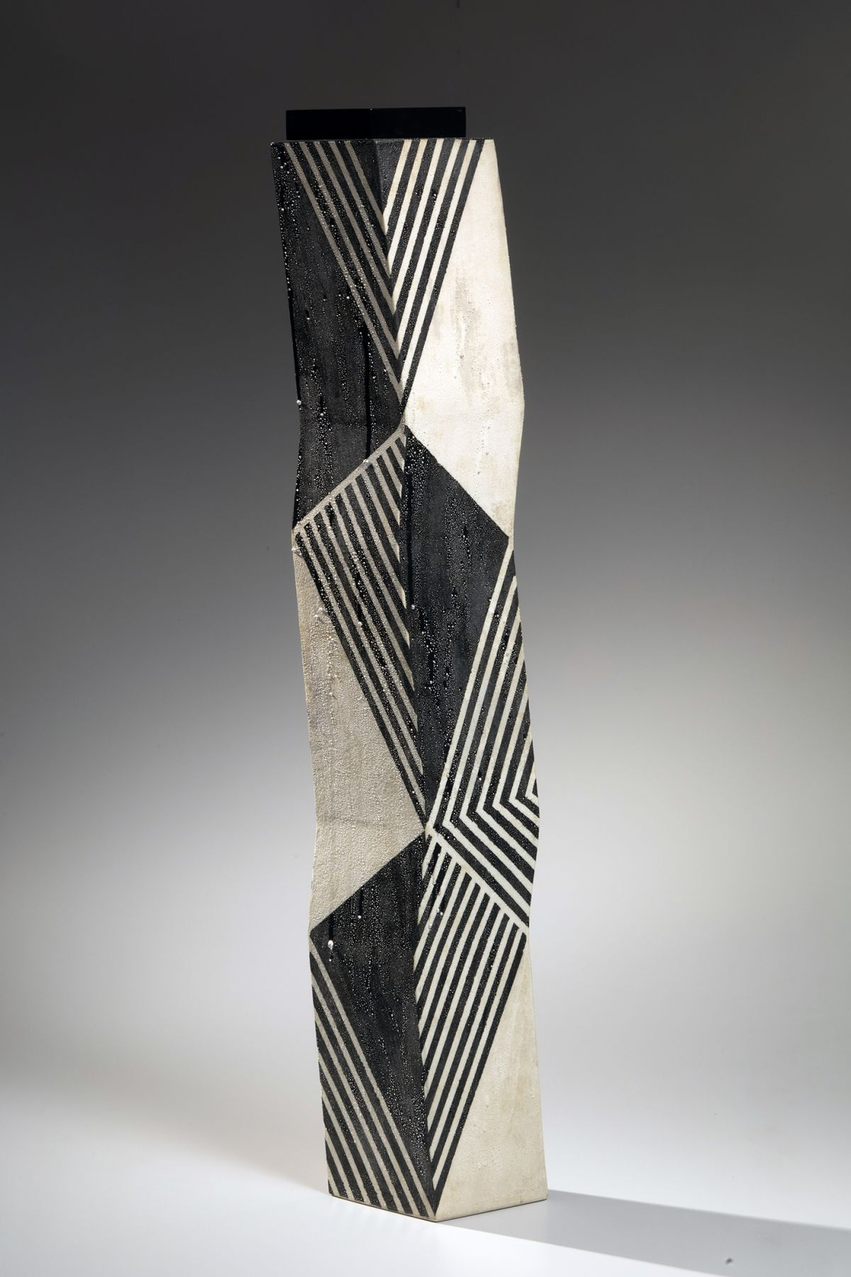 featured object - kondo zigzag