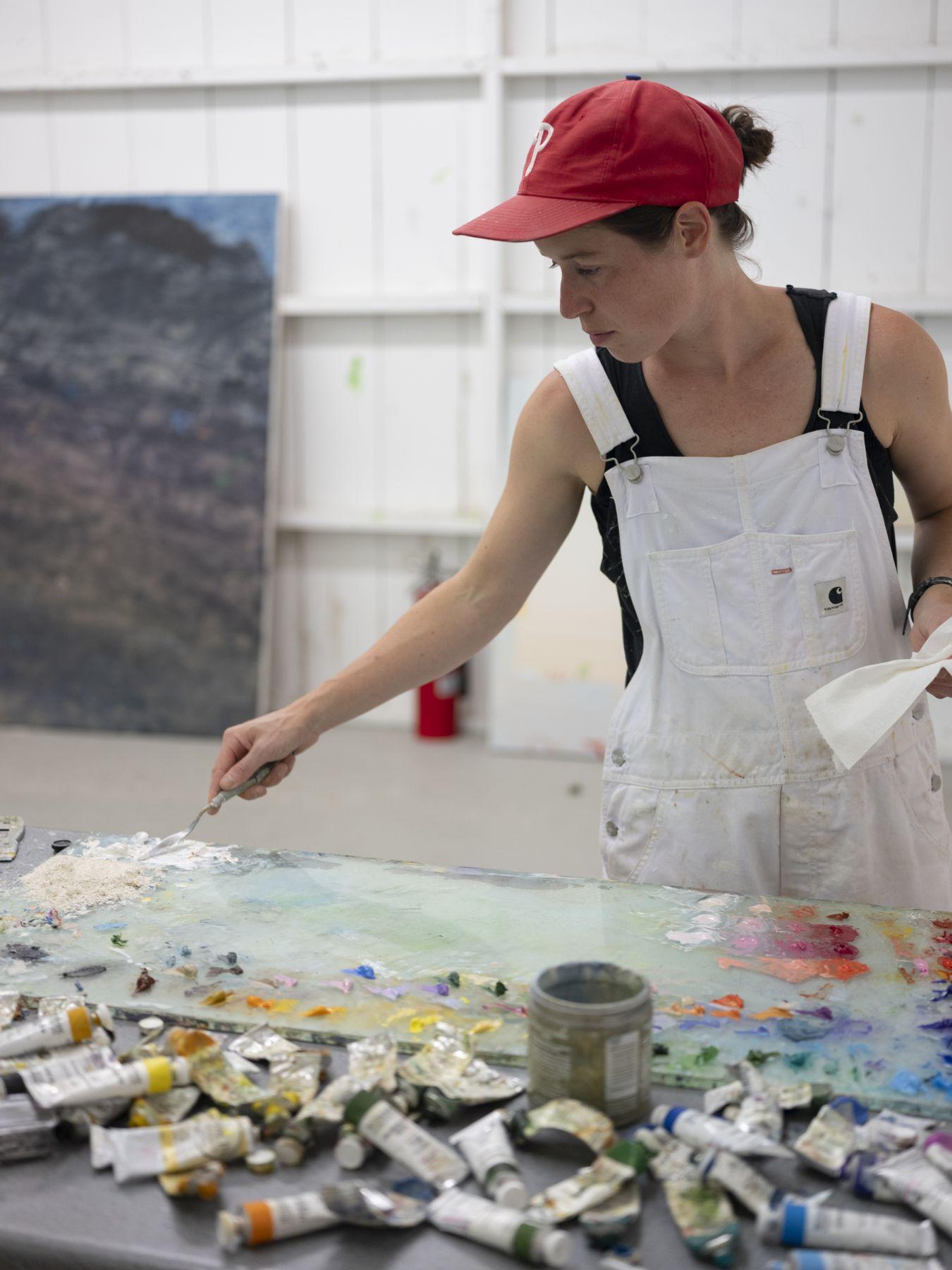 [Mariel Capanna in her studio]