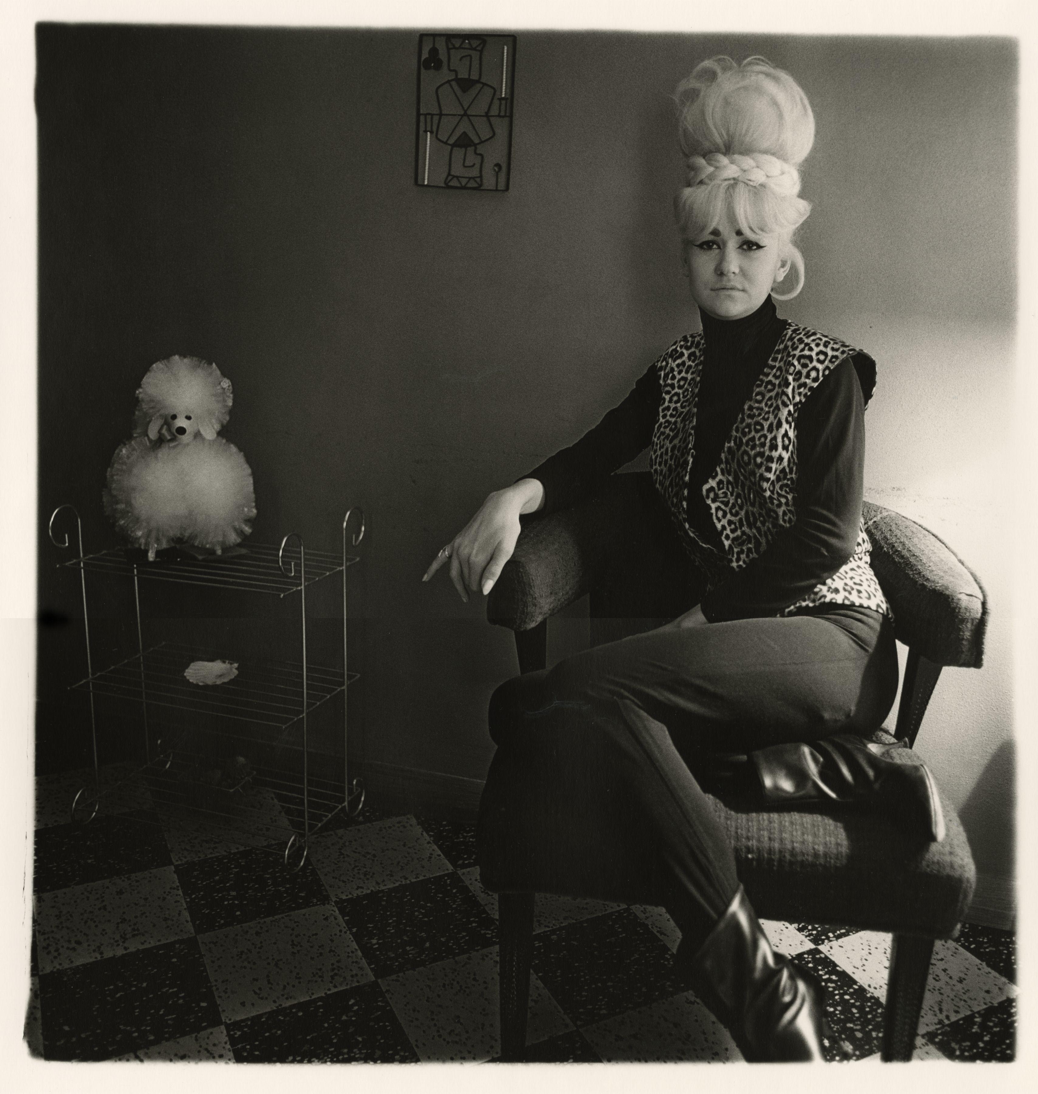 Diane Arbus A Collection of (22) Diane Arbus Photographs