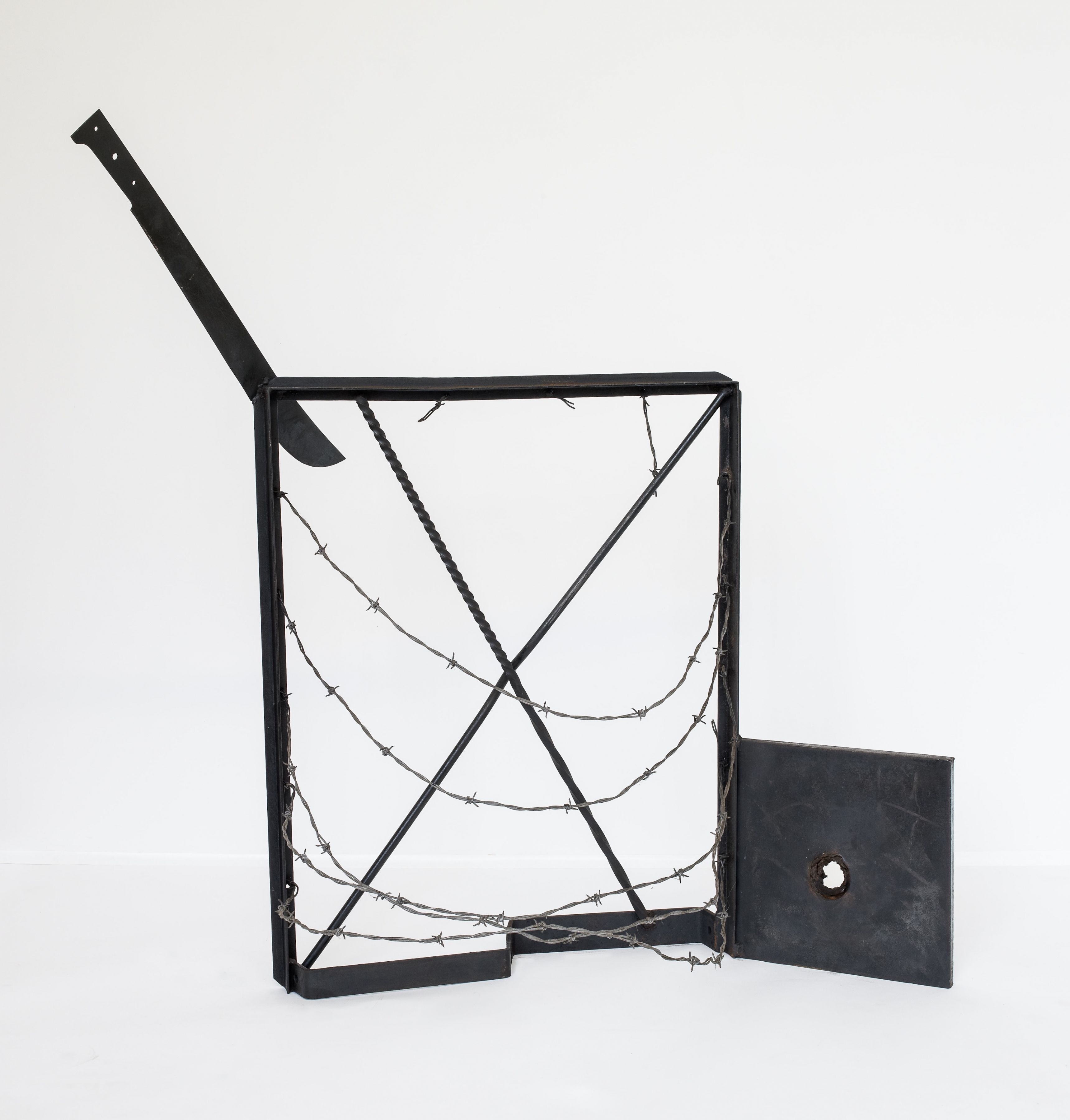Ventana a Isla Negra, 1973, Welded steel and barbed wire