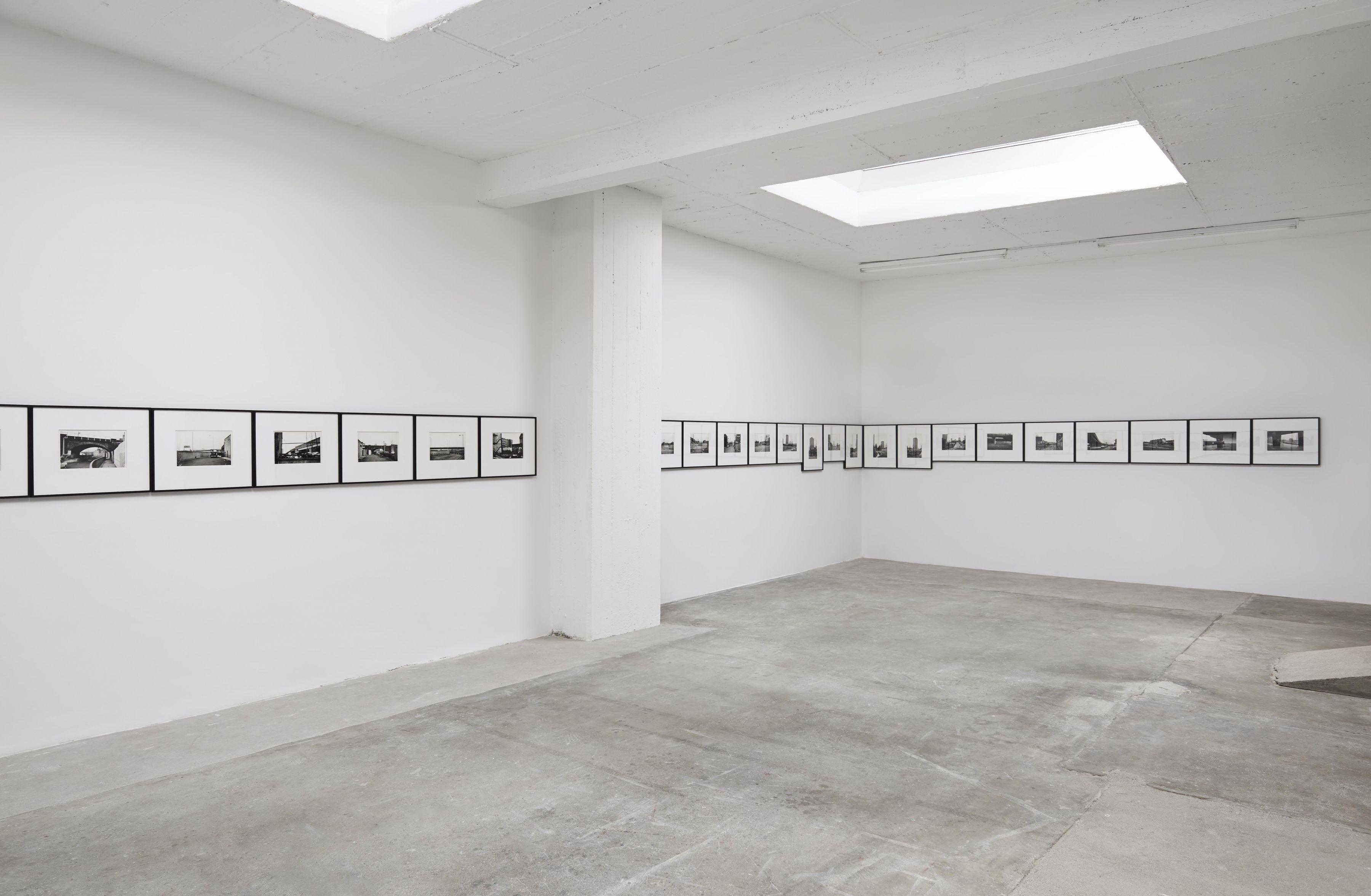 ExhibitionviewJon SavageUninhabited London1977/2016,LinnLühn2016
