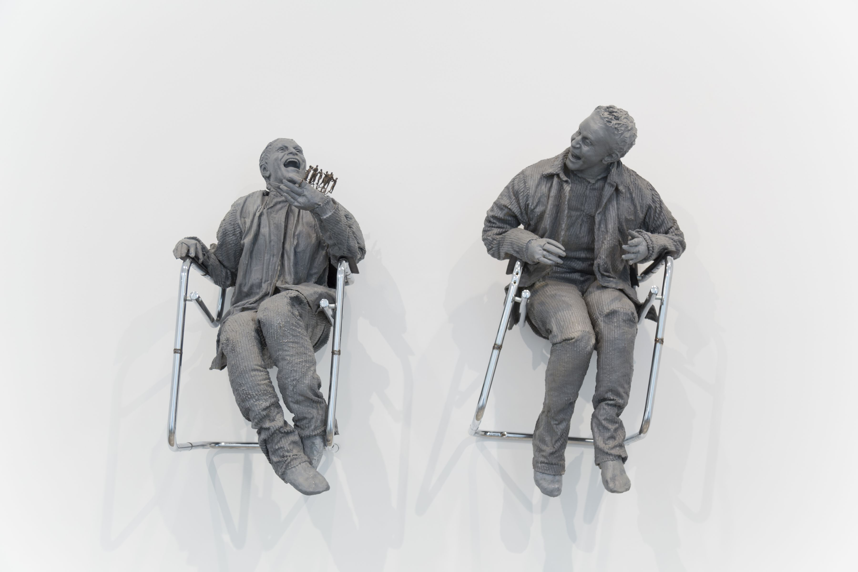 Juan Muñoz One Laughing at the Other, 2000