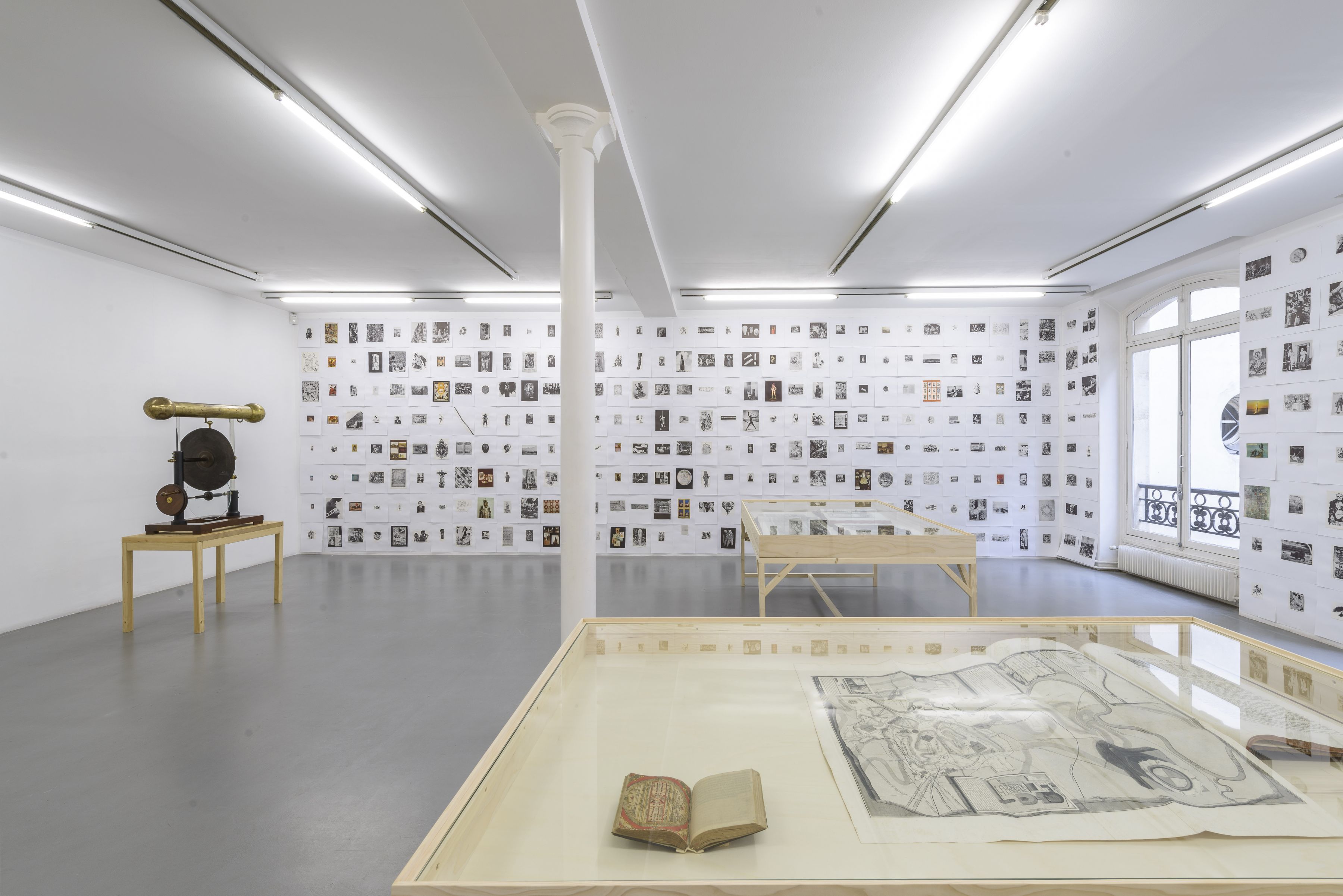 Matt Mullican: Collecting for the studio -Collecting 1959-2013– installation view 11
