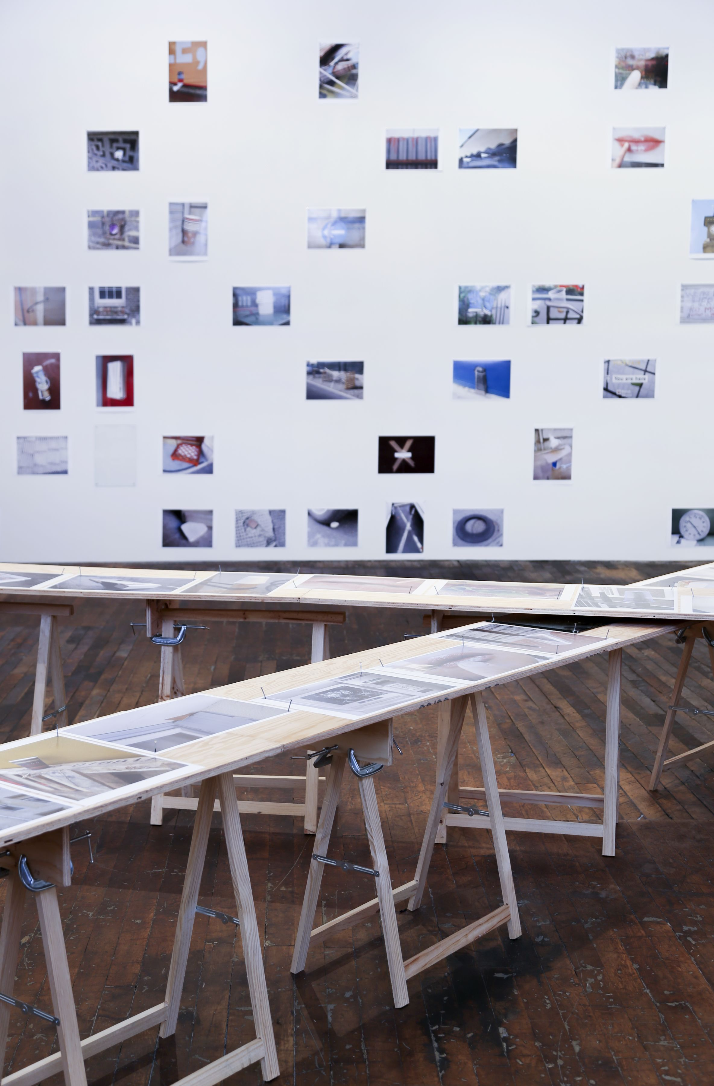 Richard Wentworth: motes to self – installation view 4