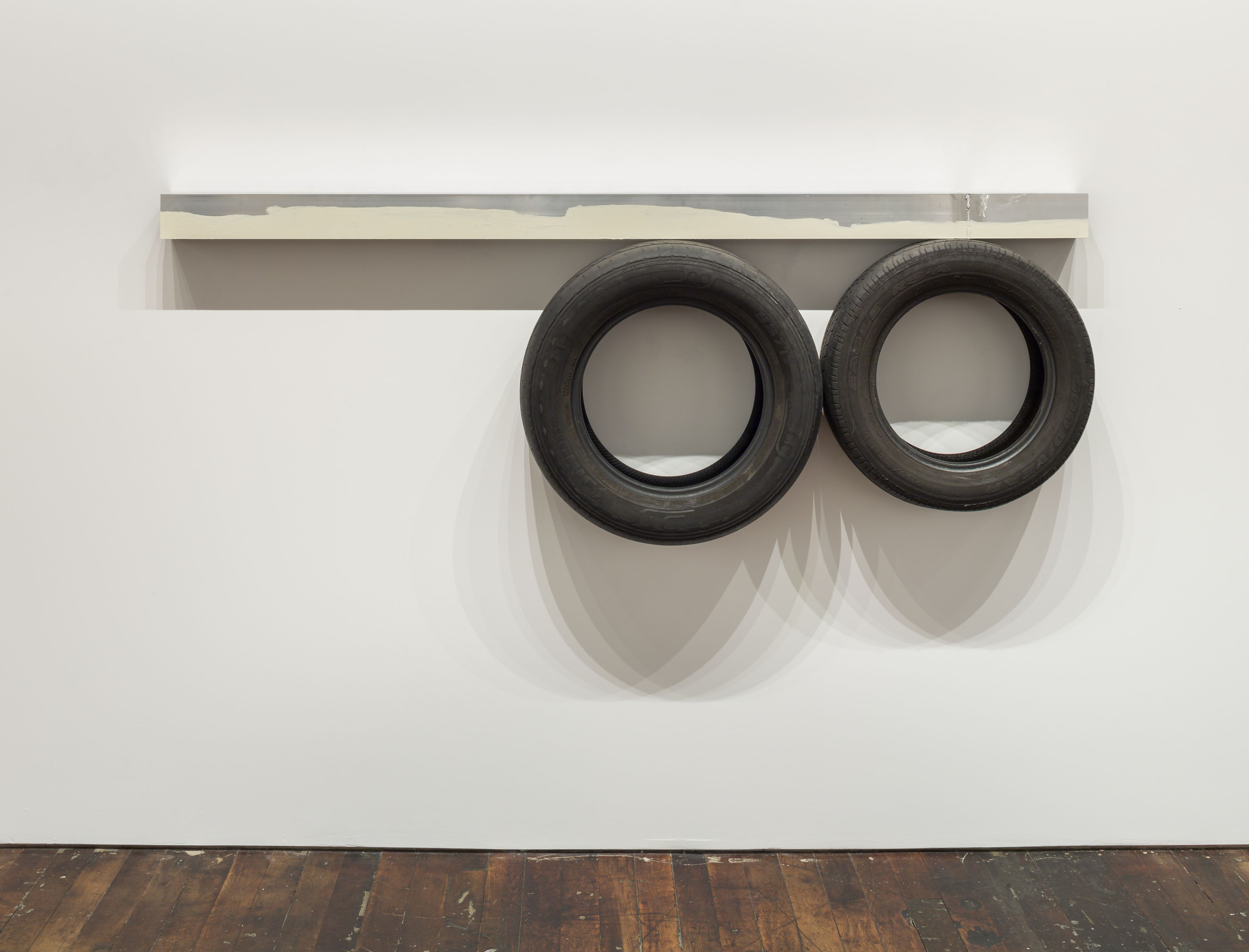 One Line (horizontal), Two Circles Underneath, 2014