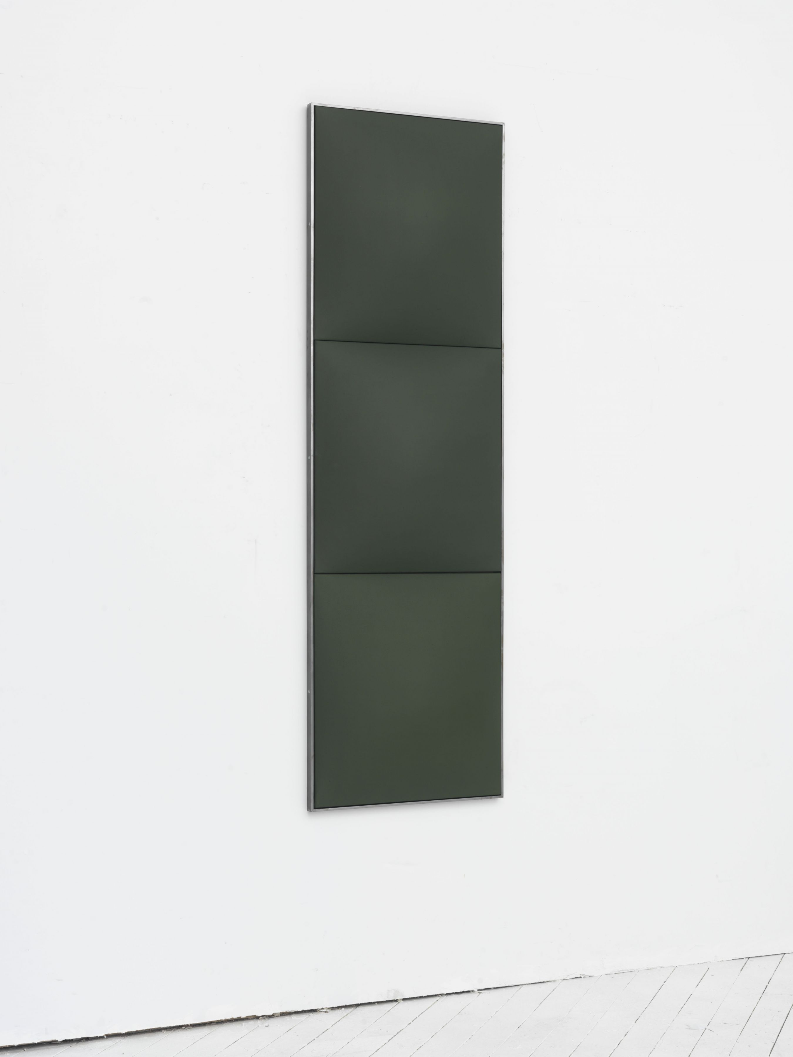 (side)Green in Blue, 2016, Fiberglass reinforced plaster and oil on cotton in artist frame