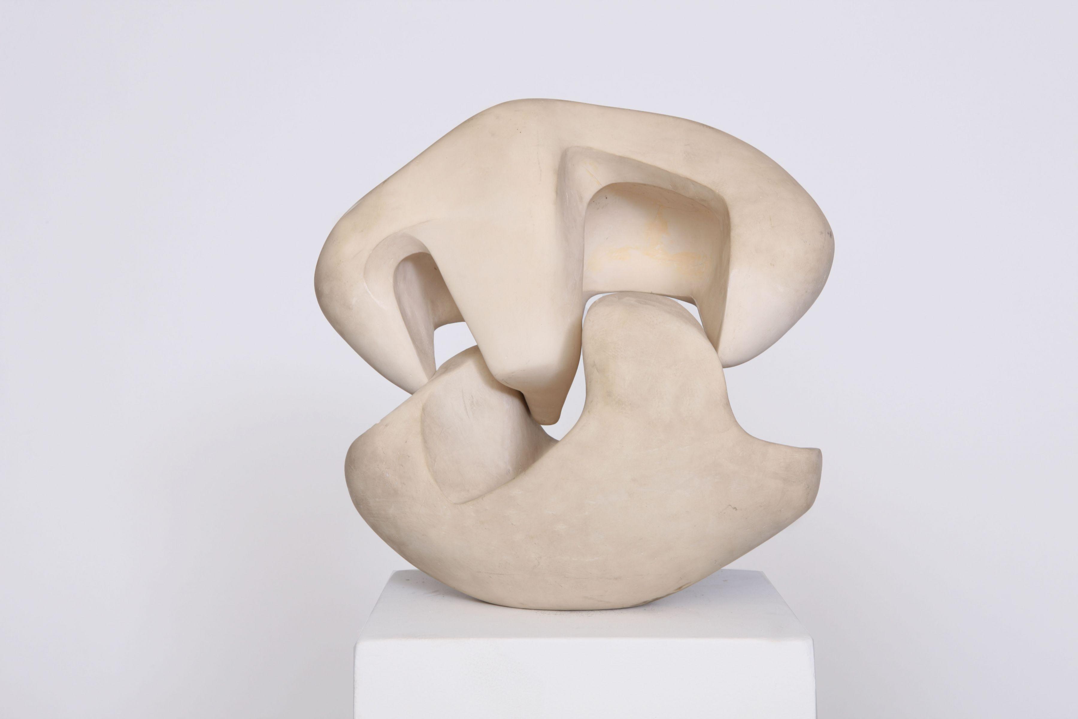 Sculpture by Marta Pan