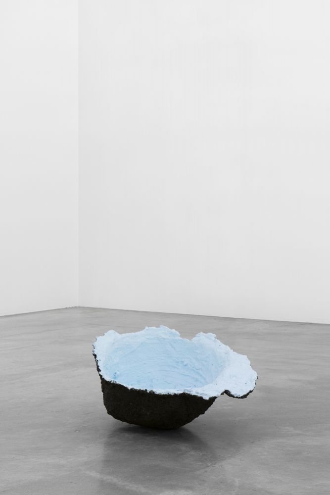 Tania Pérez Córdova (b. 1979) Short Sight Box - Hole F, 2020 Imprint of a hole dug in a field, earth, plant roots, plaster, mesh, enamel paint, New York rain water, plastic bag 24 x 21 x 12 inches 61 x 53.3 x 30.5 cm