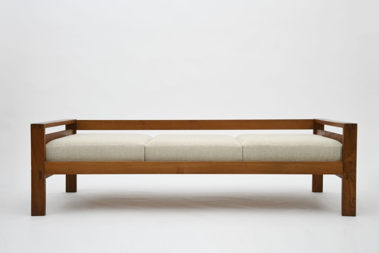 """Pierre Chapo's """"L06A"""" daybed, full straight view"""