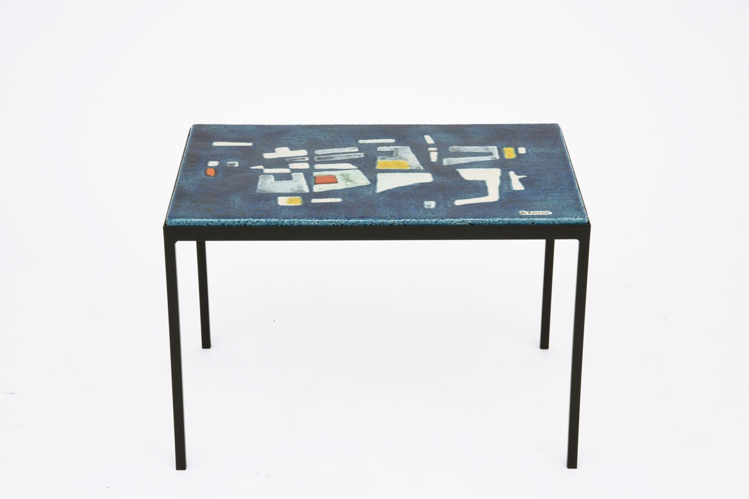 Jo Amado's ceramic coffee table, full straight view from above