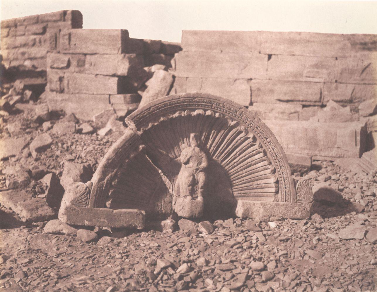 Félix TEYNARD (French, 1817-1892) Tafah (Taphis). Constructions à Assises Courbes - Partie Superieure d'une Niche Sculptée. Pl. 114, 1851-1852 Salt print, 1853-1854, from a waxed paper negative 23.9 x 30.7 cm